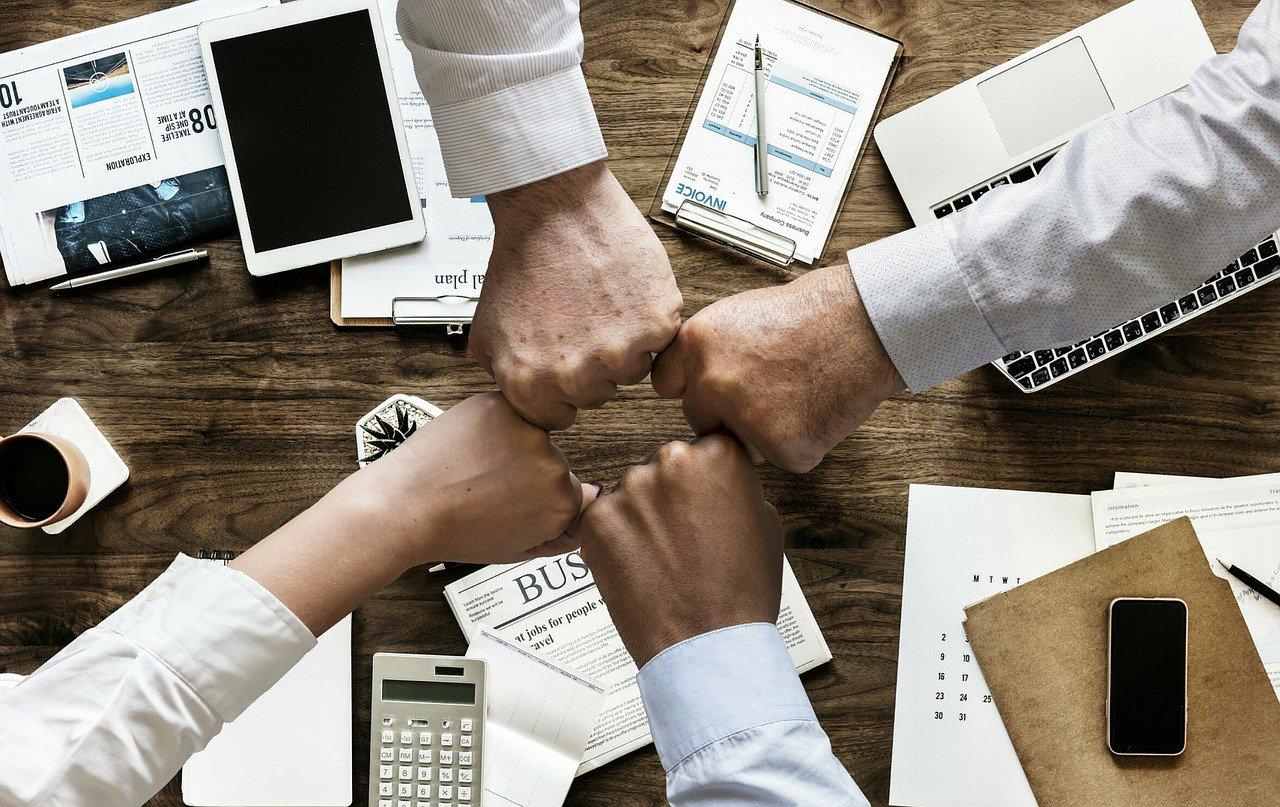 sansan(名刺管理ツール)の導入事例・利用企業
